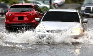 การเช็ครถยนต์หลังน้ำท่วม